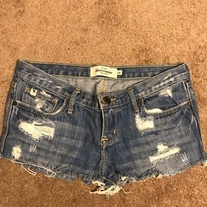 Pants - Abercrombie & Fitch booty shorts
